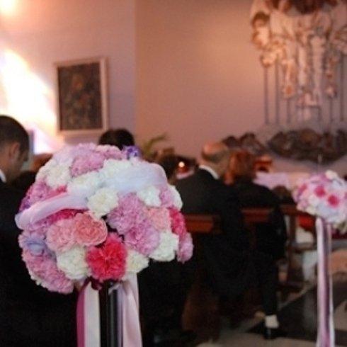 addobbi per cerimonie, addobbi floreali per matrimoni, realizzazione addobbi floreali