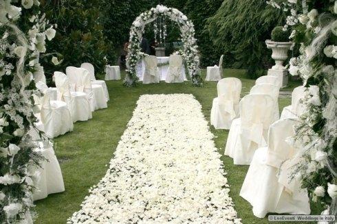 archi di fiori, tappeto di fiori, servizi per matrimoni