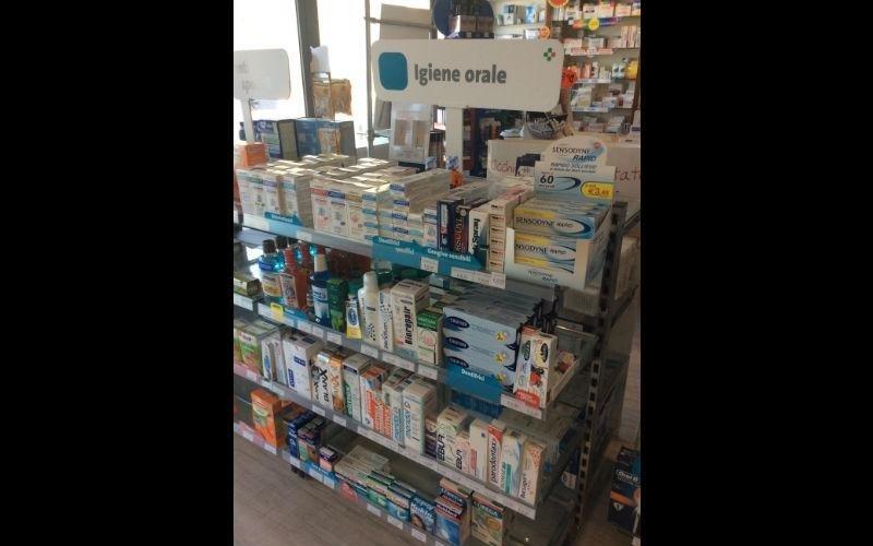 prodotti igiene orale farmacia