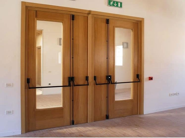 Porte tagliafuoco legno vetro