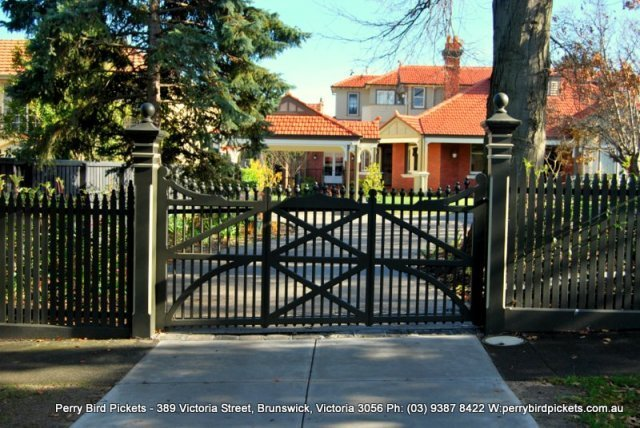 carport and double feature gate