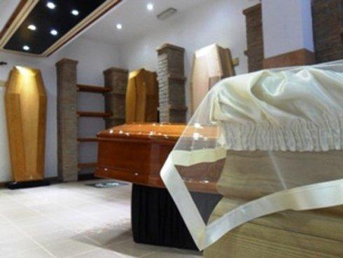 Stampa necrologi e affissione avvisi di lutto