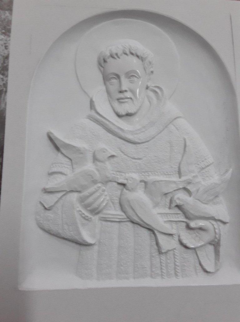 scultura in pietra padre pio