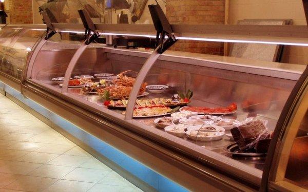 Installazione banco frigo per pescherie