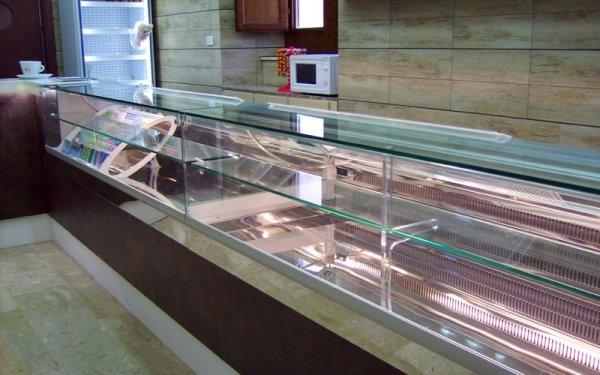 Bancone refrigerato bar realizzato da Eurocold (TP)