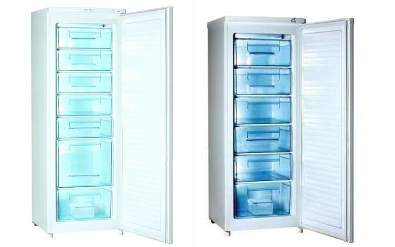 Congelatore con ripiani