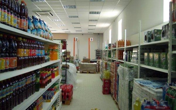 Fornitura scaffalature per supermercati