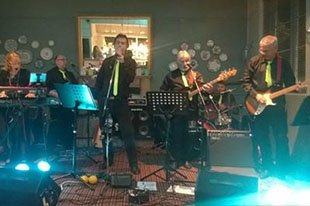 Apache Rain Band Performing - Surrey - Apache Rain Band