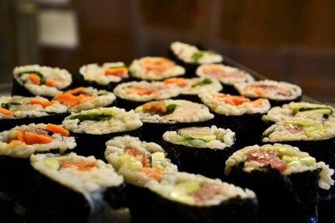 sushi, pesce fresco, sushi giapponese