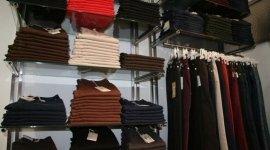 capi in maglia, maglioni, pantaloni