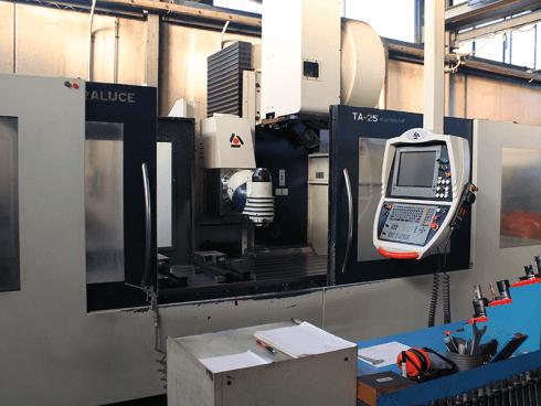 Soraluce TA25, x2500, y1000, z1300, testa e cambio utensile automatici, divisore a CNC, tavola 1000x1000 a CNC.