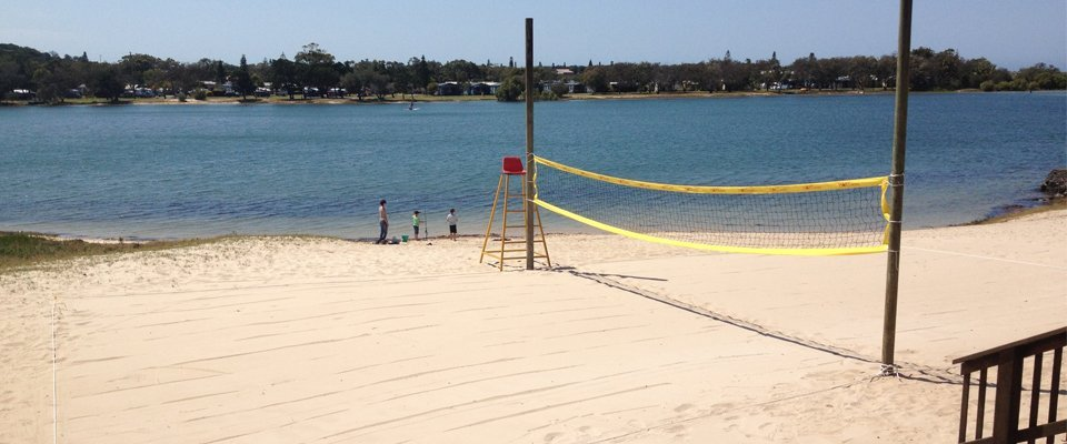 Play area cleaned for beach volleyball