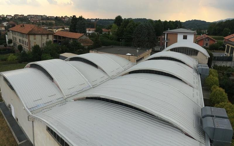 Copertura latta tetto azienda - Lecco