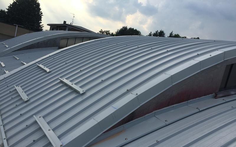 Dettaglio copertura tetto azienda - Lecco