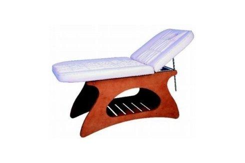 Un lettino per massaggi.