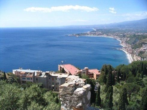 veduta del golfo di Taormina