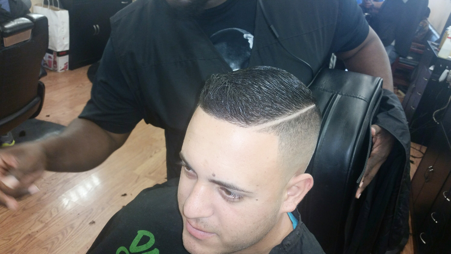Razor king barber service in Lehigh,FL
