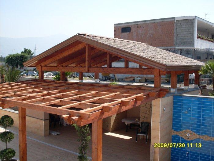 Tetti e tettoie in legno ARCO LEGNO di Boscoreale (NA)