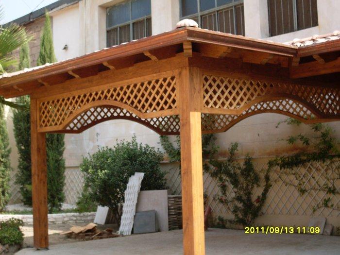 Tettoie a grate sant 39 anastasia na a r co legno for Grate in legno per balconi