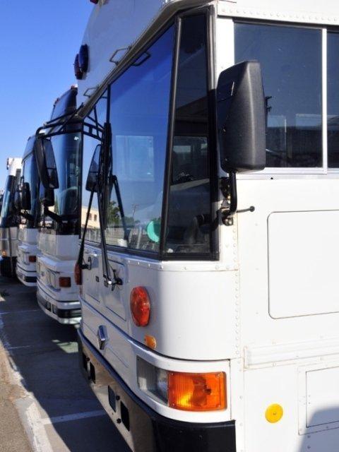 noleggio minibus per servizio alle scuole