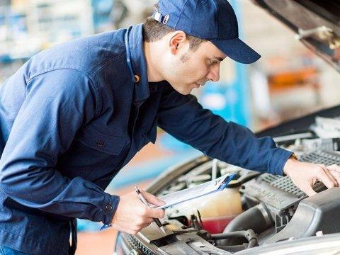 manutenzione cambio auto