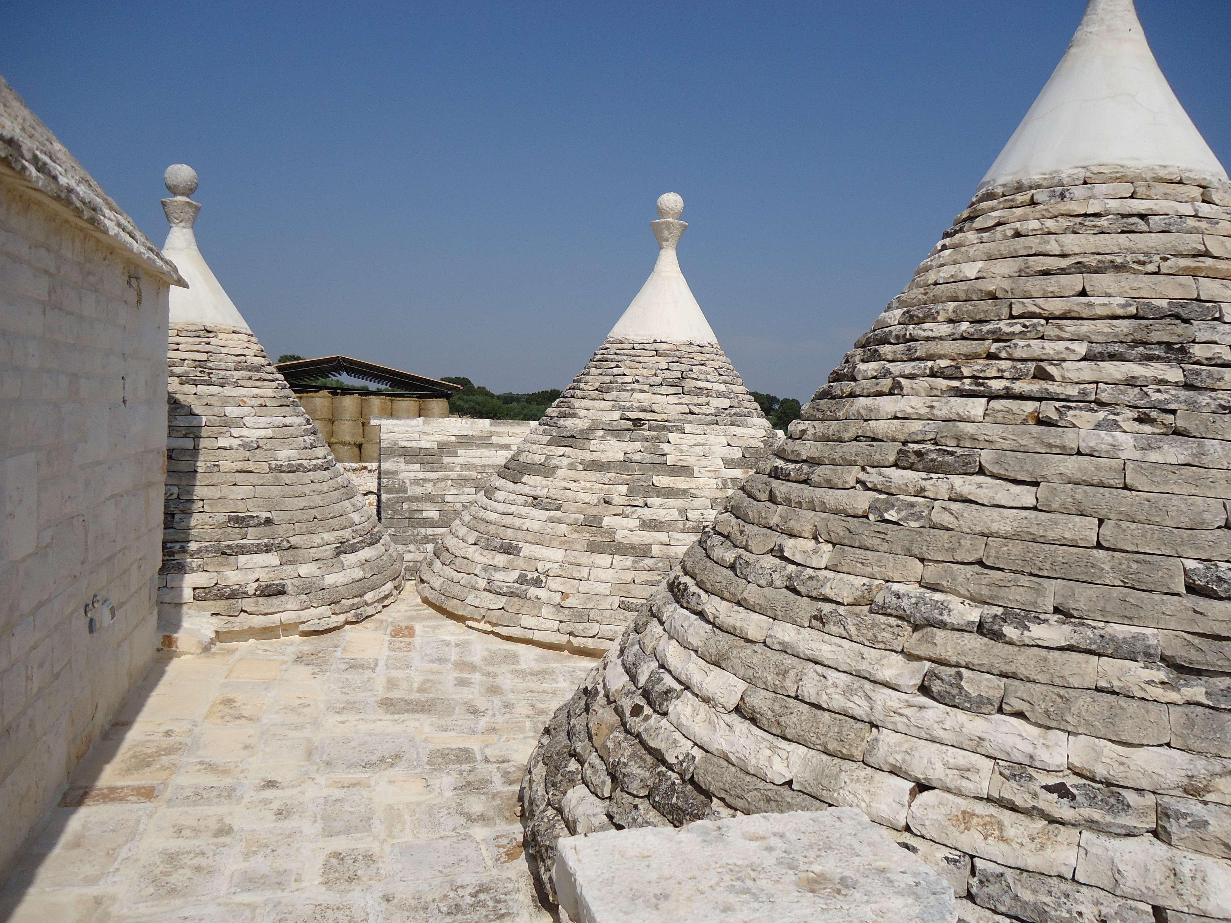 particolare di tetti di trulli