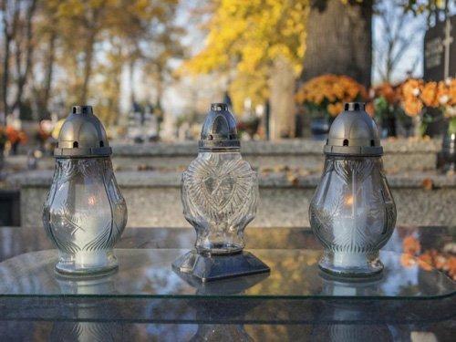 lumini da cimitero