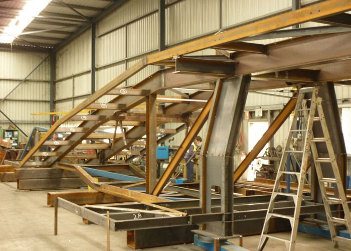 conveyor tripper frame