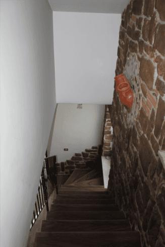 Vista dall'alto di scale