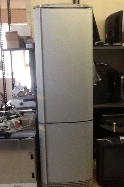 Ci occupiamo anche dei frigoriferi.
