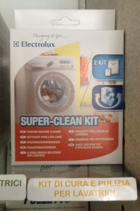 Abbiamo i kit per la puliza della lavatrice.