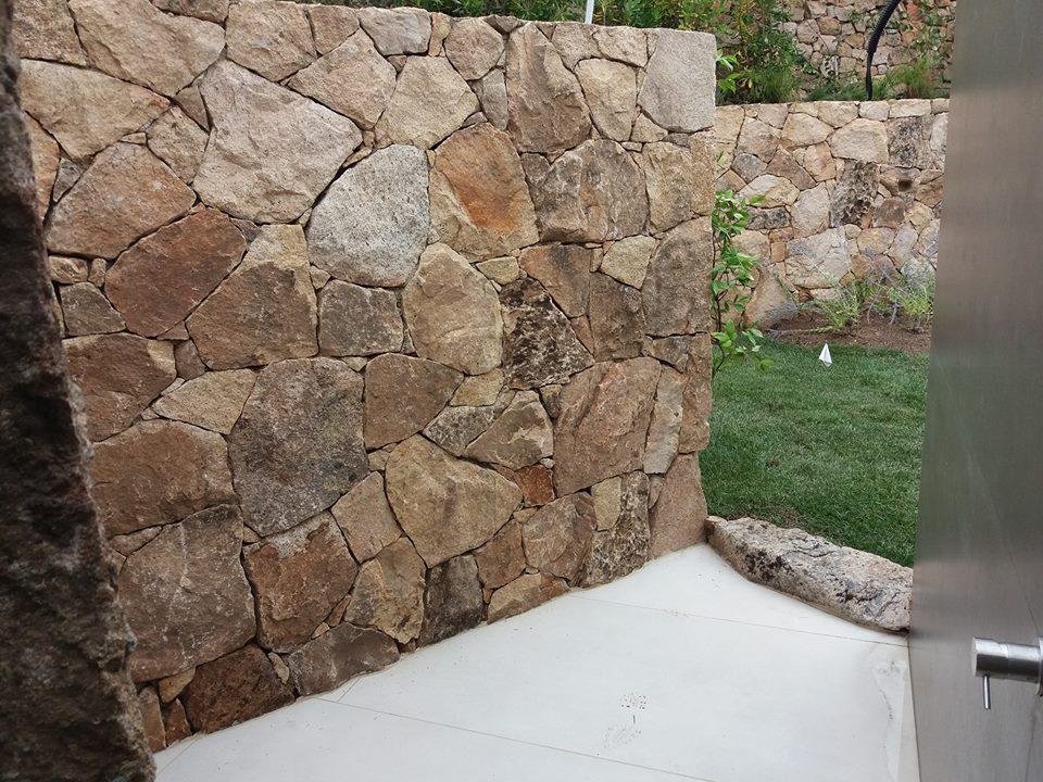 Case Di Pietra Sardegna : La casa dei giganti di pietra in un area sempre più vasta