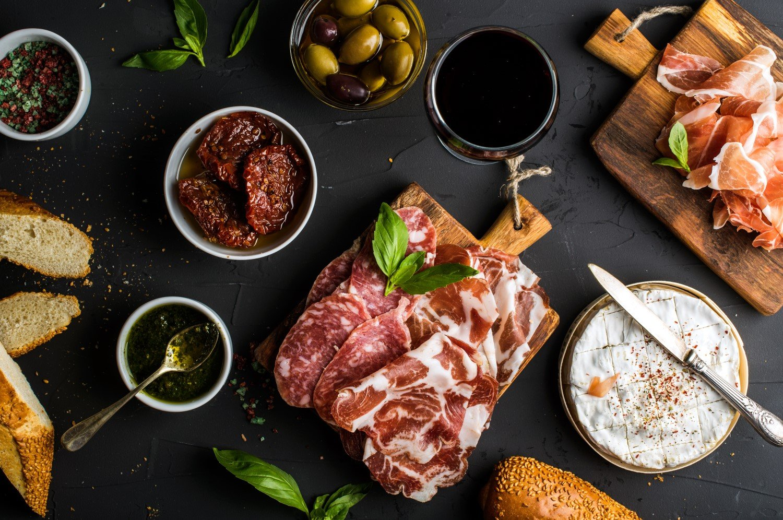 Carne  salumi e vino a Trieste
