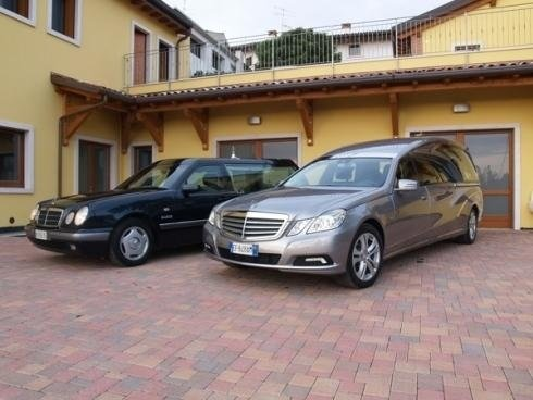 Auto funebri Mercedes