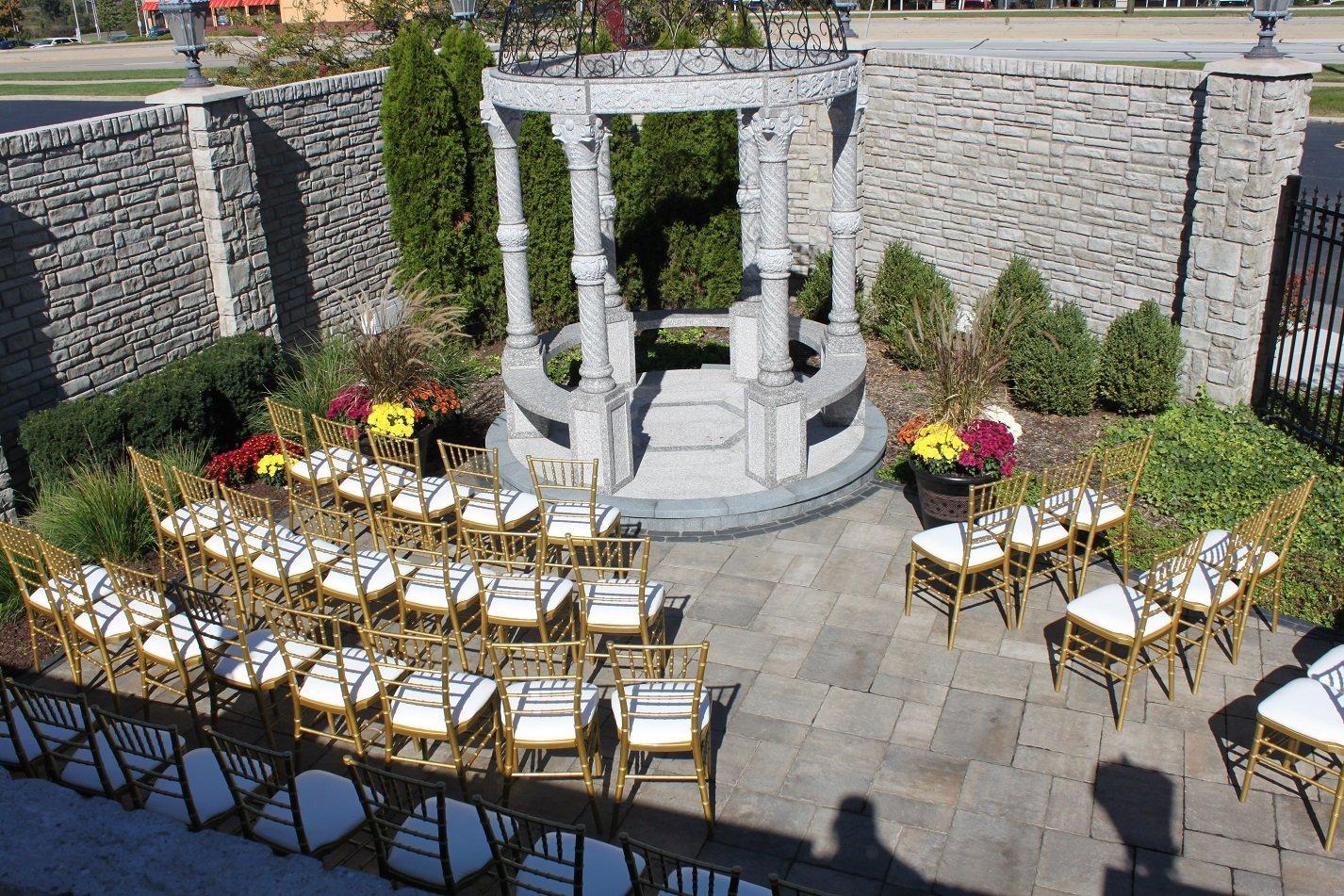Outdoor Garden Wedding Ceremony Chicagoland