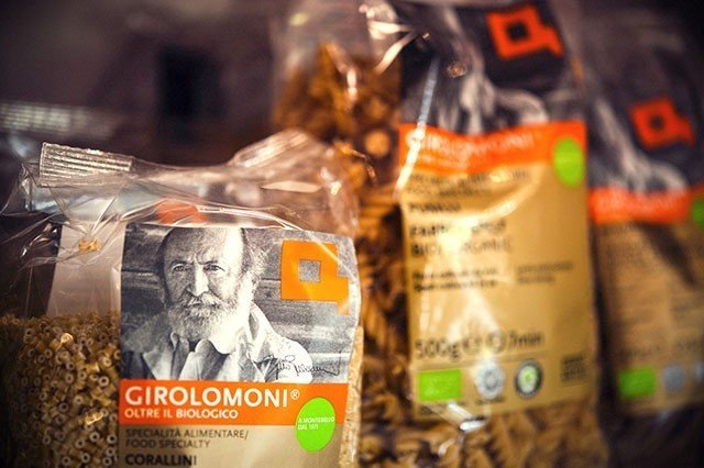 sacchetti di pasta biologica