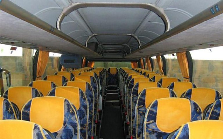 Autobus per scolaresche