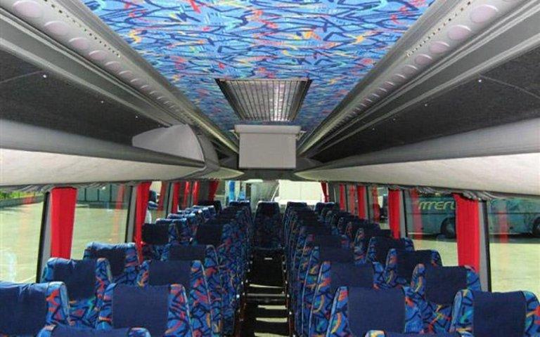 Autobus capiente