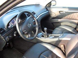 intérieurs voiture de location