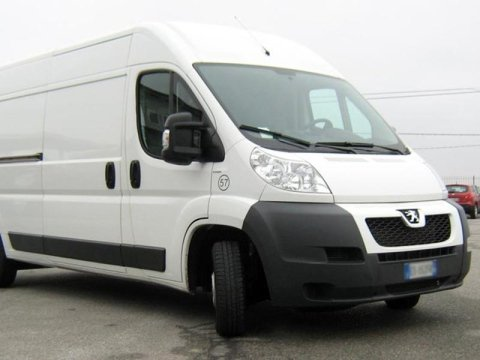 location Peugeot Boxer