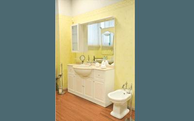 mobili classici bagno