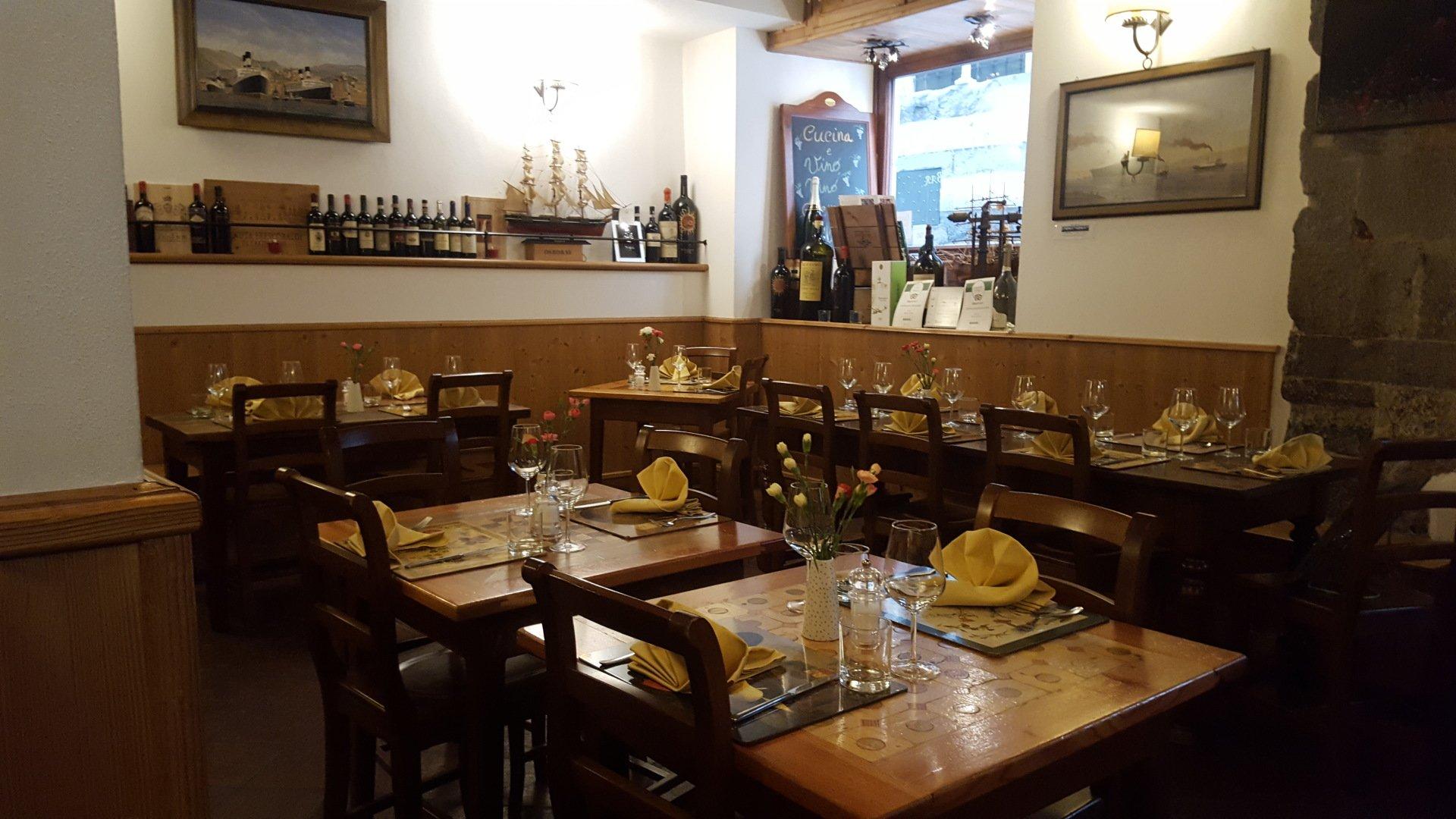Cucina ligure genova migone ristorante enoteca for Cucina arredi genova