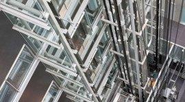 montacarichi, manutenzione piattaforme elevatrici, installazione impianti elevatori