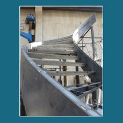 Profili di scale in metallo curvate