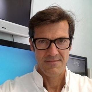 Dott. Andrea Parrucci: chirurgia implantologia protesi