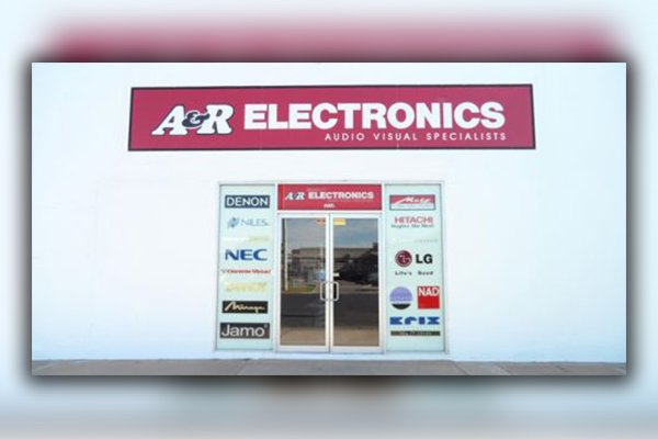 a and r electronics store front