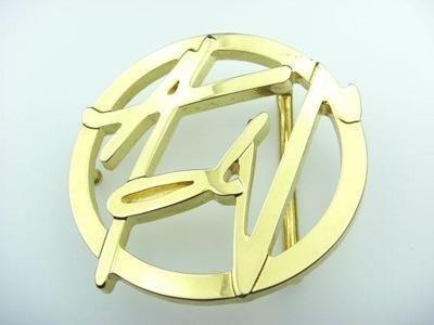 zamak belt loop with glossy gold finish