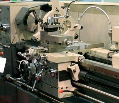macchine cnc controllo numerico e tradizionali