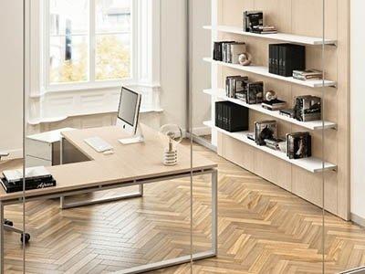 ufficio singolo con scrivania