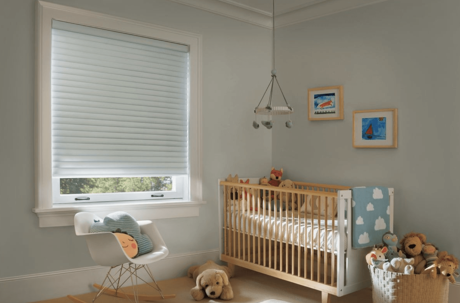 Choosing The Best Window Treatment For Your Master Bedroom